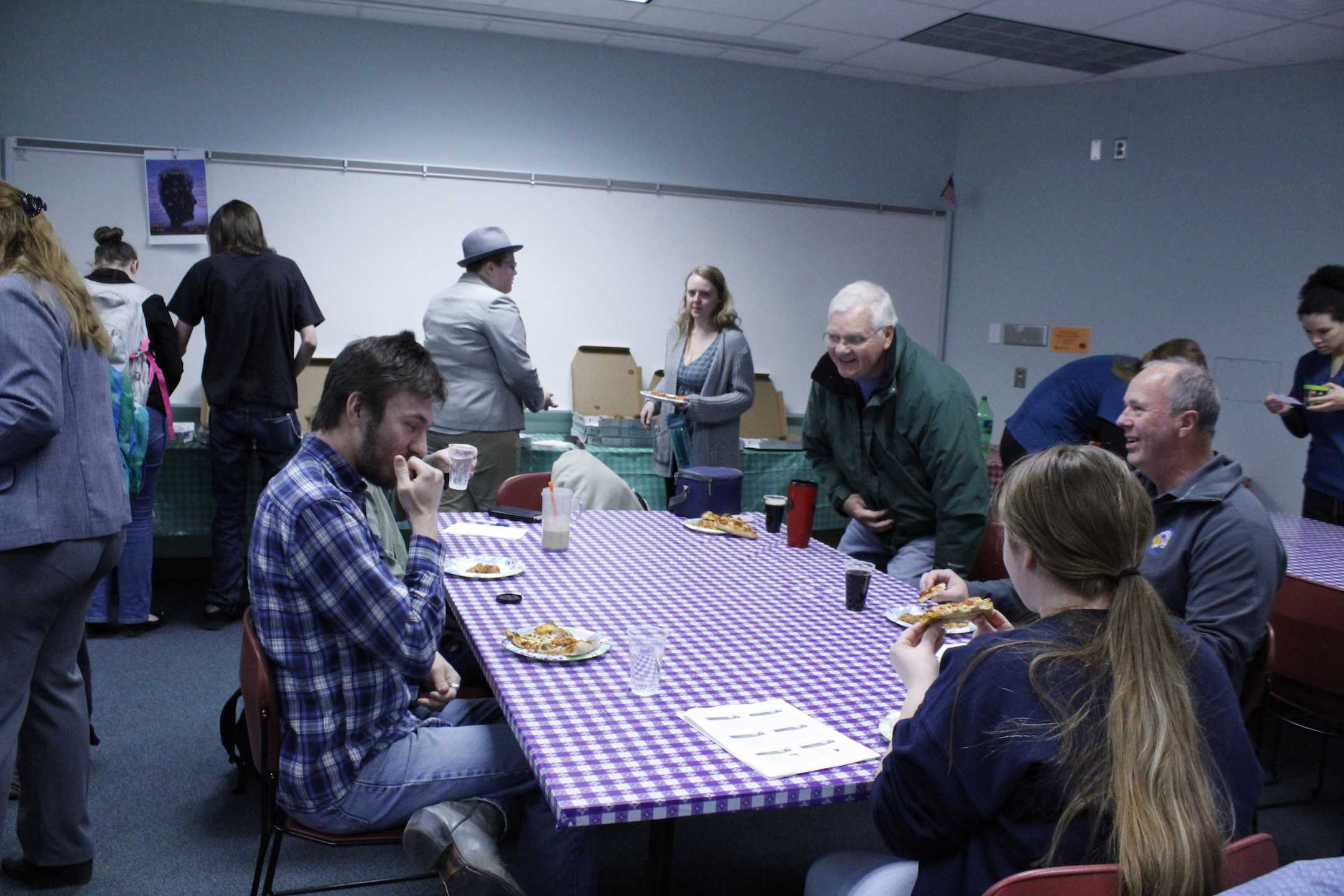ARCC's Top Administrator Gives Pizza and Takes Questions